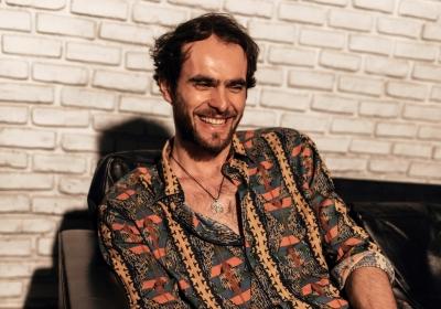 Mihail, il fenomeno electro pop che sta conquistando l'Italia dal vivo ai Magazzini Generali