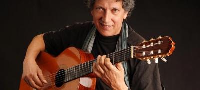 Eugenio Bennato e il festival di musiche di contrabbando