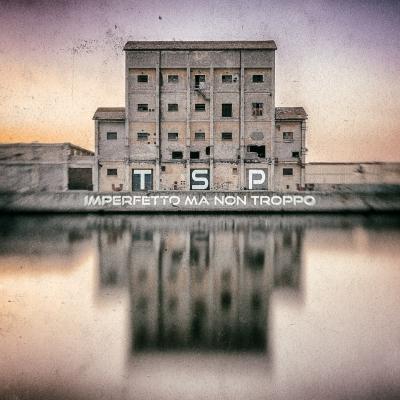 """Da Bologna arrivano i TSP con il loro debut album """"Imperfetto Ma Non Troppo"""": un mix esplosivo di elettronica e indie da ascoltare a tutto volume."""