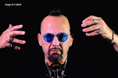 Carlo Zannetti al lavoro su un nuovo album