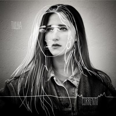 Il 25 Gennaio 2019 esce di debutto di Tullia, si intitola CORRENTI