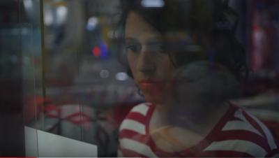 È napoletana la cover di Calcutta: il video-remake di Oriana Lippa conquista il cantautore di Latina