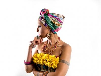 L'afrobeat ai tempi dell'antico Egitto, Mama Marjas canta il mito di Iside e Osiride