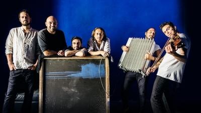 Gli Ars Nova Napoli inaugurano la Rassegna IZimbra Music Fest dedicata alla contaminazione e condivisione di tradizioni popolari e culture del sud del mediterraneo