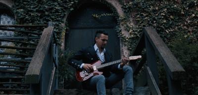 OLD WALLS, Il nuovo videoclip del musicista FRANCESCO MONTANILE