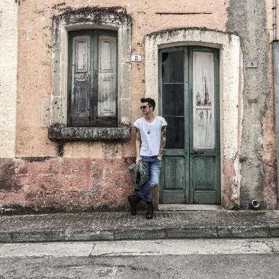 """Disponibile in digitale """"Amarsi a perdere"""", il nuovo singolo di Cafiero"""