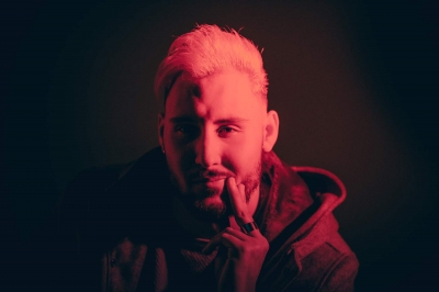 """Daniele Lanave, in radio con il singolo """"Stanco della gente"""" estratto dal nuovo album fresco di stampa """"Friend zone"""""""