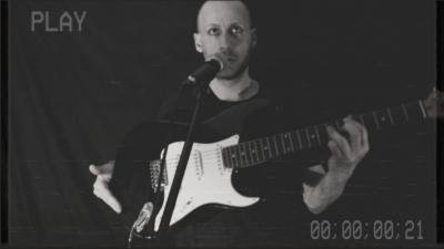 Il nuovo singolo di Stefano Strada: Non c'è amore senza trash