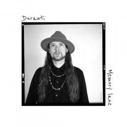 """DURANTI """"Memory lane"""" è il nuovo brano del chitarrista friulano che attinge alla tradizione blues per raccontare il presente"""