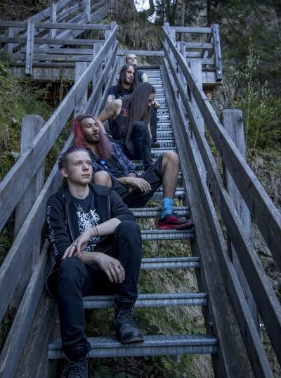 Il death metal infernale dei Demonicera
