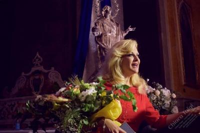 Chiara Taigi - Un incanto del pubblico nella Cattedrale di Altamura