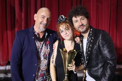 Successo per la sesta edizione di Fuoriclasse Talent. Una giuria di qualità con Dario Salvatori presidente e Gianni Testa direttore artistico ha premiato i vincitori di ogni categoria.