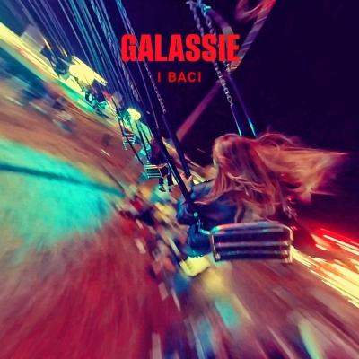 Con il freddo e la neve non ti riesco a vedere - I baci, il nuovo singolo delle GALASSIE fuori il 15 ottobre